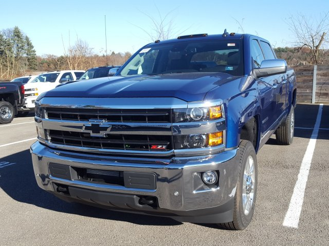2018 Silverado 2500 Crew Cab 4x4 Pickup #JF155634 - photo 1