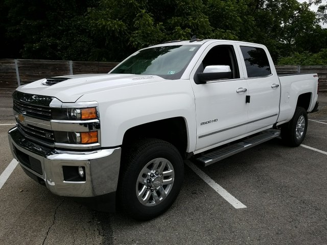 2018 Silverado 2500 Crew Cab 4x4,  Pickup #JF191423 - photo 1