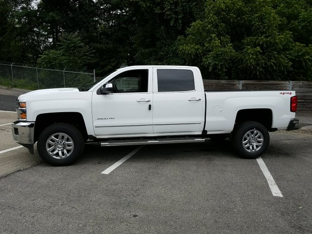 2018 Silverado 2500 Crew Cab 4x4,  Pickup #JF191423 - photo 5