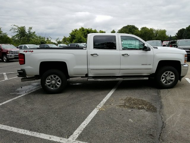 2018 Silverado 2500 Crew Cab 4x4,  Pickup #JF191423 - photo 8