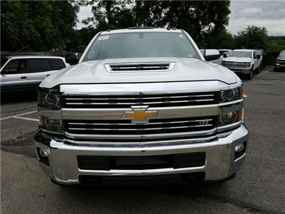 2018 Silverado 2500 Crew Cab 4x4,  Pickup #JF191423 - photo 4