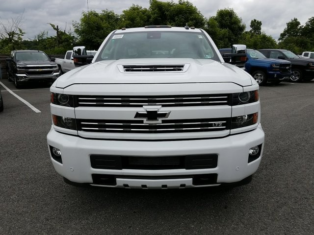 2018 Silverado 3500 Crew Cab 4x4,  Pickup #JF257314 - photo 4