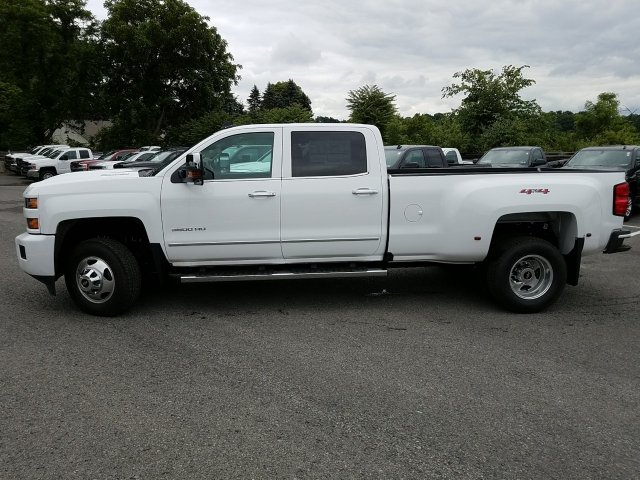 2018 Silverado 3500 Crew Cab 4x4,  Pickup #JF257314 - photo 5