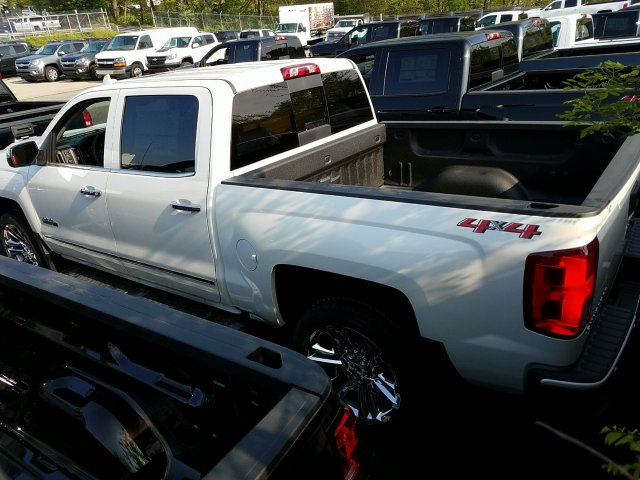 2018 Silverado 1500 Crew Cab 4x4,  Pickup #JG251403 - photo 2