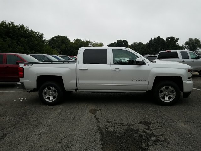2018 Silverado 1500 Crew Cab 4x4,  Pickup #JG478214 - photo 9