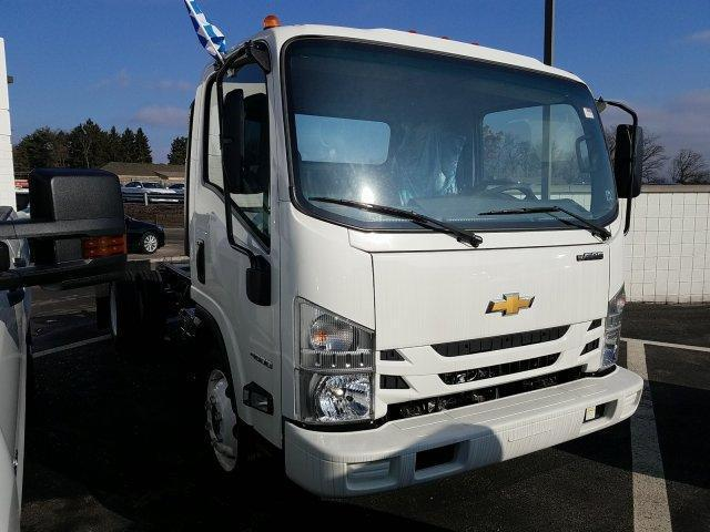 2018 LCF 4500 Regular Cab 4x2,  Morgan Dry Freight #JS802207 - photo 3