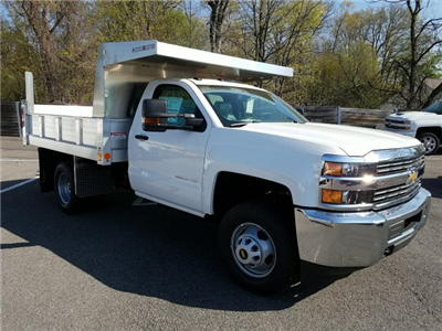 2018 Silverado 3500 Regular Cab DRW 4x4, Duramag Dump Dump Body #JZ239727 - photo 3