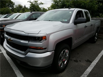 2018 Silverado 1500 Double Cab 4x4,  Pickup #JZ351327 - photo 1