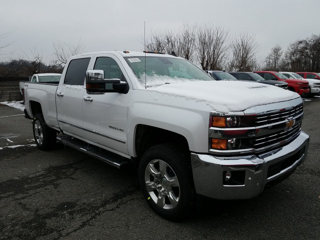 2019 Silverado 2500 Crew Cab 4x4,  Pickup #KF179168 - photo 3