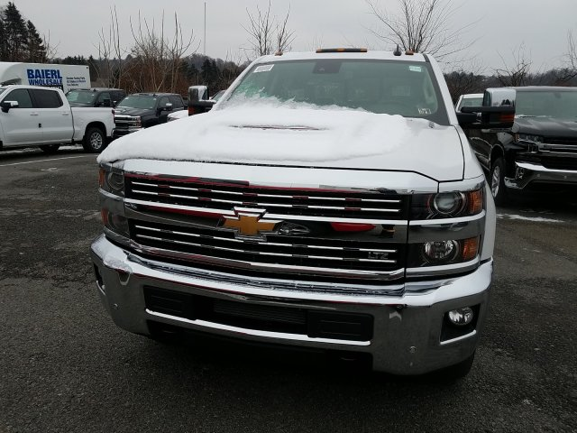 2019 Silverado 2500 Crew Cab 4x4,  Pickup #KF179168 - photo 4