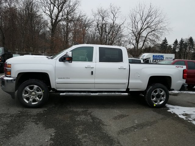 2019 Silverado 2500 Crew Cab 4x4,  Pickup #KF179168 - photo 5