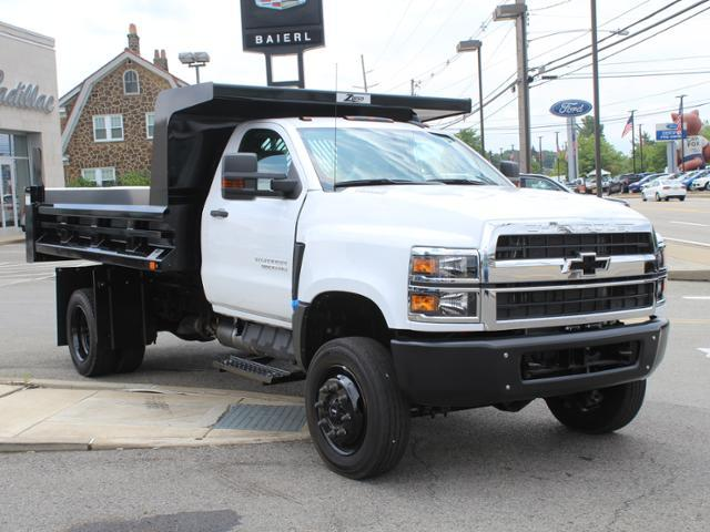 2019 Silverado Medium Duty Regular Cab DRW 4x4,  Rugby Dump Body #KH827527 - photo 1