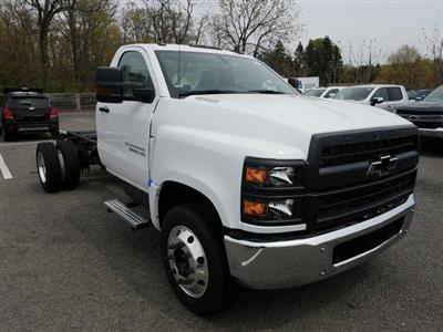2019 Silverado Medium Duty DRW 4x2,  Cab Chassis #KH827960 - photo 3