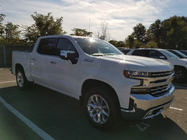 2019 Silverado 1500 Crew Cab 4x4,  Pickup #KZ139422 - photo 3
