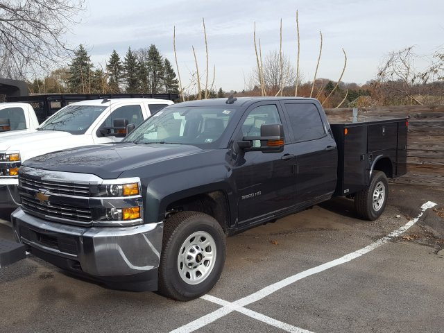 2017 Silverado 3500 Crew Cab 4x4 Service Body #V169461 - photo 1