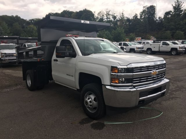 2017 Silverado 3500 Regular Cab DRW, Rugby Dump Body #V269178 - photo 3
