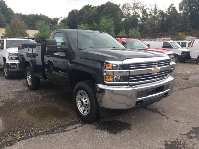 2017 Silverado 3500 Regular Cab 4x4, Knapheide Service Body #V283082 - photo 3