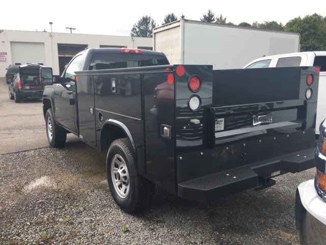 2017 Silverado 3500 Regular Cab 4x4, Knapheide Service Body #V283082 - photo 2