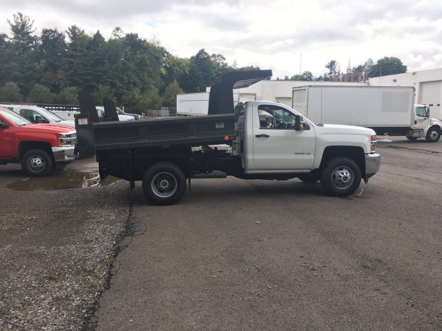 2017 Silverado 3500 Regular Cab DRW 4x4, Rugby Dump Body #V307192 - photo 8