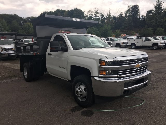 2017 Silverado 3500 Regular Cab DRW 4x4, Rugby Dump Body #V307192 - photo 3