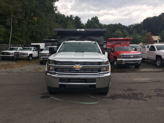2017 Silverado 3500 Regular Cab DRW 4x4, Rugby Dump Body #V307192 - photo 4