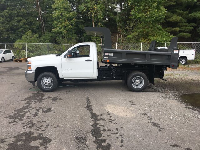 2017 Silverado 3500 Regular Cab DRW 4x4, Rugby Dump Body #V307192 - photo 5