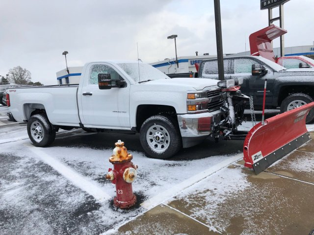 2017 Silverado 3500 Regular Cab 4x4, Pickup #V338163 - photo 3