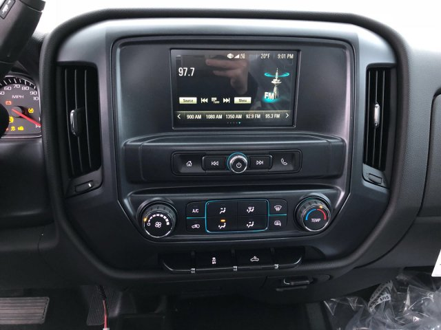 2017 Silverado 3500 Regular Cab 4x4, Pickup #V338163 - photo 11
