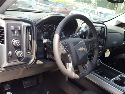 2017 Silverado 1500 Crew Cab 4x4 Pickup #V490436 - photo 17