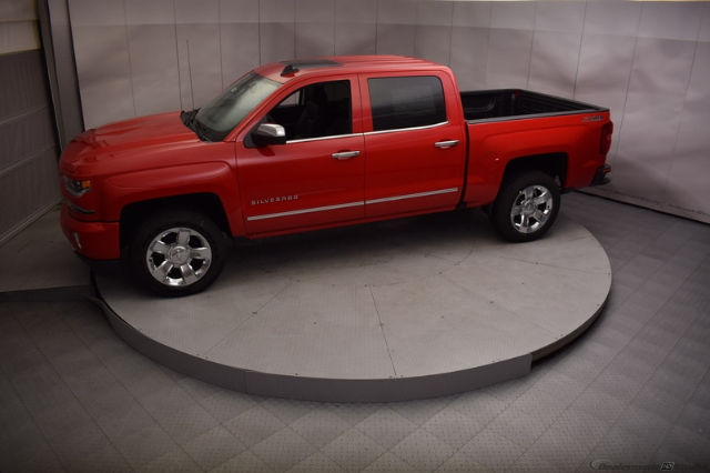 2017 Silverado 1500 Crew Cab 4x4, Pickup #C171344 - photo 3