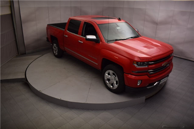 2017 Silverado 1500 Crew Cab 4x4, Pickup #C171344 - photo 8