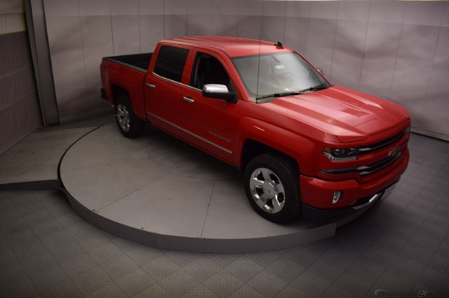 2017 Silverado 1500 Crew Cab 4x4, Pickup #C171355 - photo 4