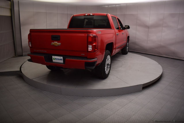 2017 Silverado 1500 Crew Cab 4x4, Pickup #C171355 - photo 2