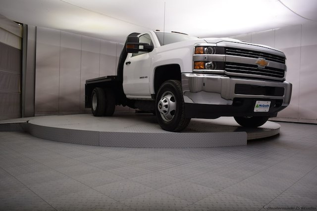 2017 Silverado 3500 Regular Cab DRW 4x4,  Knapheide Platform Body #C171568 - photo 17