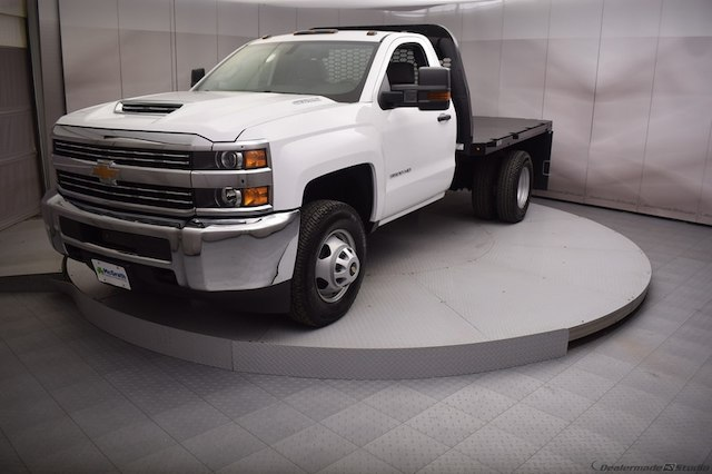2017 Silverado 3500 Regular Cab DRW 4x4,  Knapheide Platform Body #C171568 - photo 16