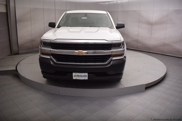 2018 Silverado 1500 Regular Cab, Pickup #C180389 - photo 4