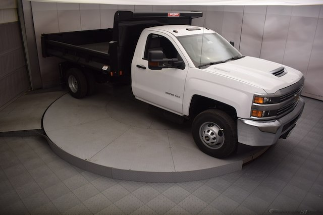 2018 Silverado 3500 Regular Cab DRW 4x4,  Dump Body #C180430 - photo 3