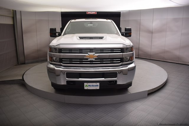 2018 Silverado 3500 Regular Cab DRW 4x4,  Dump Body #C180430 - photo 4