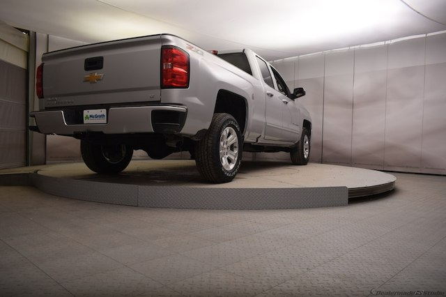 2018 Silverado 1500 Double Cab 4x4, Pickup #C180544 - photo 2