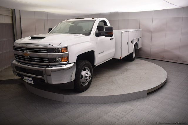 2018 Silverado 3500 Regular Cab DRW 4x4, Reading SL Service Body #C180554 - photo 26