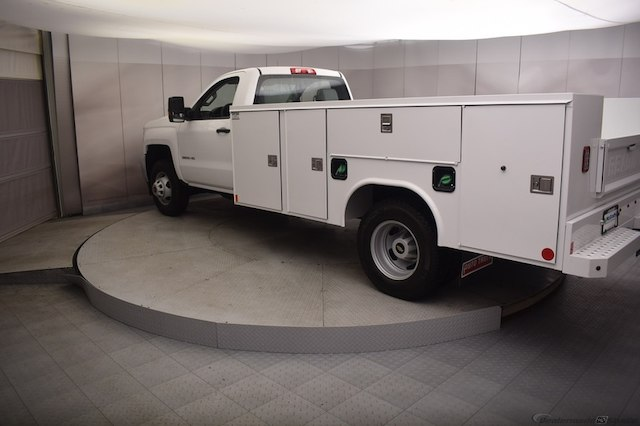 2018 Silverado 3500 Regular Cab DRW 4x4, Reading SL Service Body #C180554 - photo 2