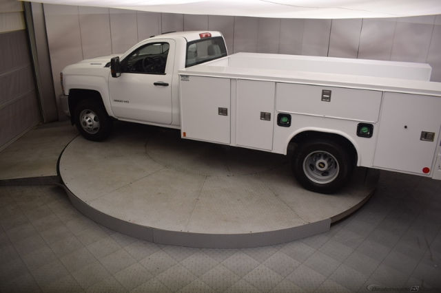 2018 Silverado 3500 Regular Cab DRW 4x4, Reading SL Service Body #C180554 - photo 30