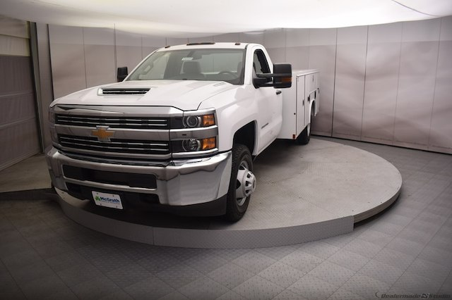 2018 Silverado 3500 Regular Cab DRW 4x4,  Reading Service Body #C180554 - photo 27