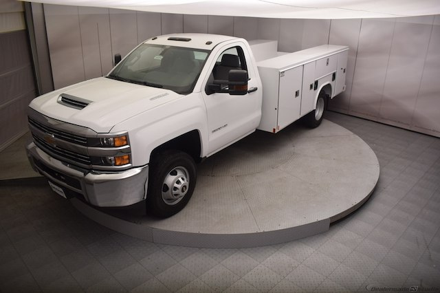 2018 Silverado 3500 Regular Cab DRW 4x4,  Reading Service Body #C180554 - photo 35