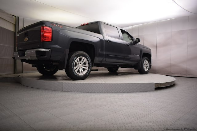 2018 Silverado 1500 Crew Cab 4x4, Pickup #C180591 - photo 4