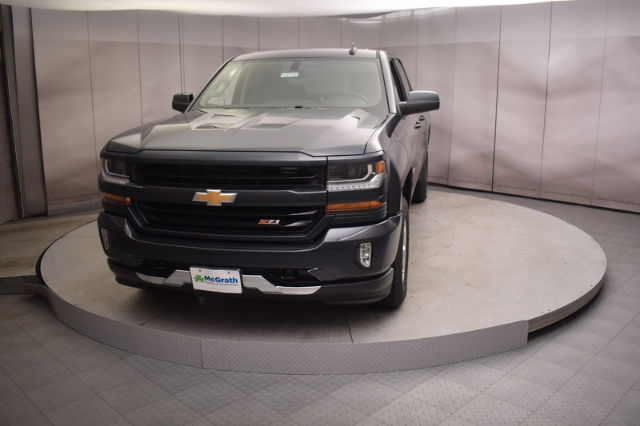 2018 Silverado 1500 Double Cab 4x4, Pickup #C180748 - photo 4