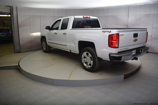 2018 Silverado 1500 Double Cab 4x4,  Pickup #C180911 - photo 2