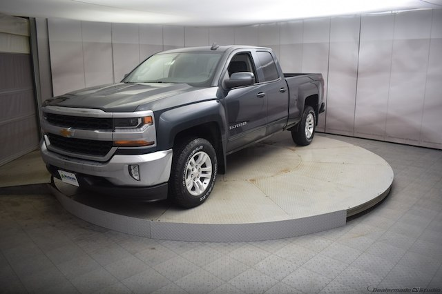 2018 Silverado 1500 Double Cab 4x4,  Pickup #C180922 - photo 5
