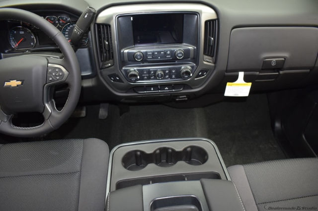 2018 Silverado 1500 Double Cab 4x4, Pickup #C180932 - photo 11