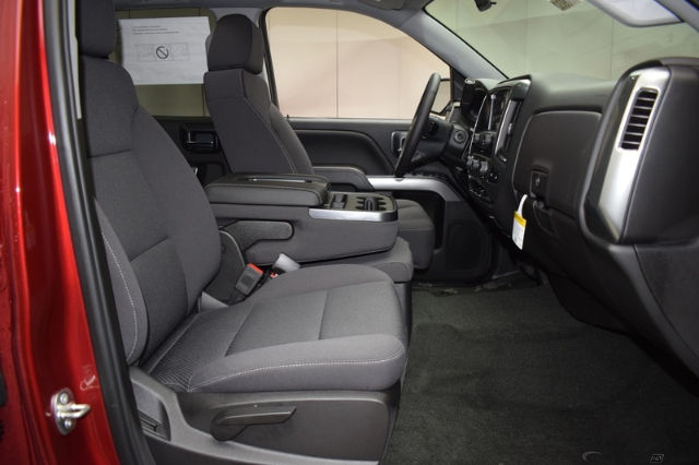 2018 Silverado 1500 Double Cab 4x4, Pickup #C180932 - photo 7
